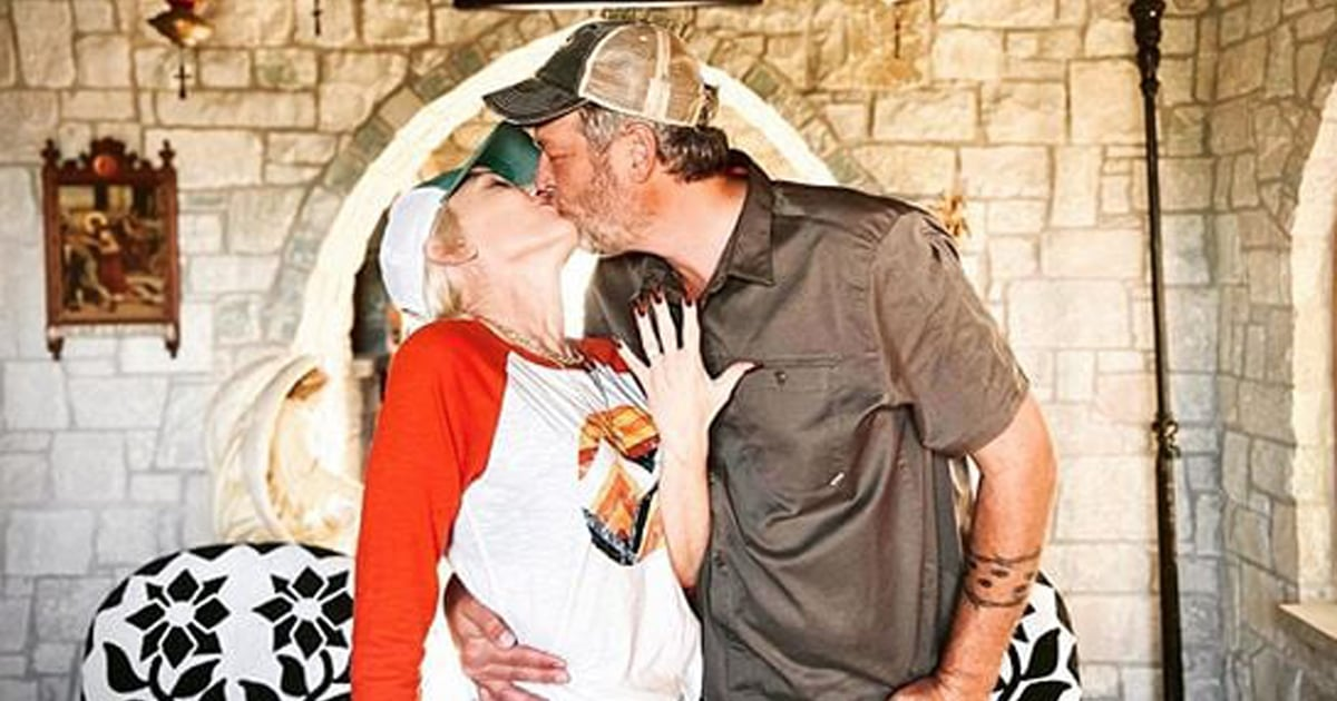 Blake Shelton and Gwen Stefani Announce Their Engagement With a Sweet Post