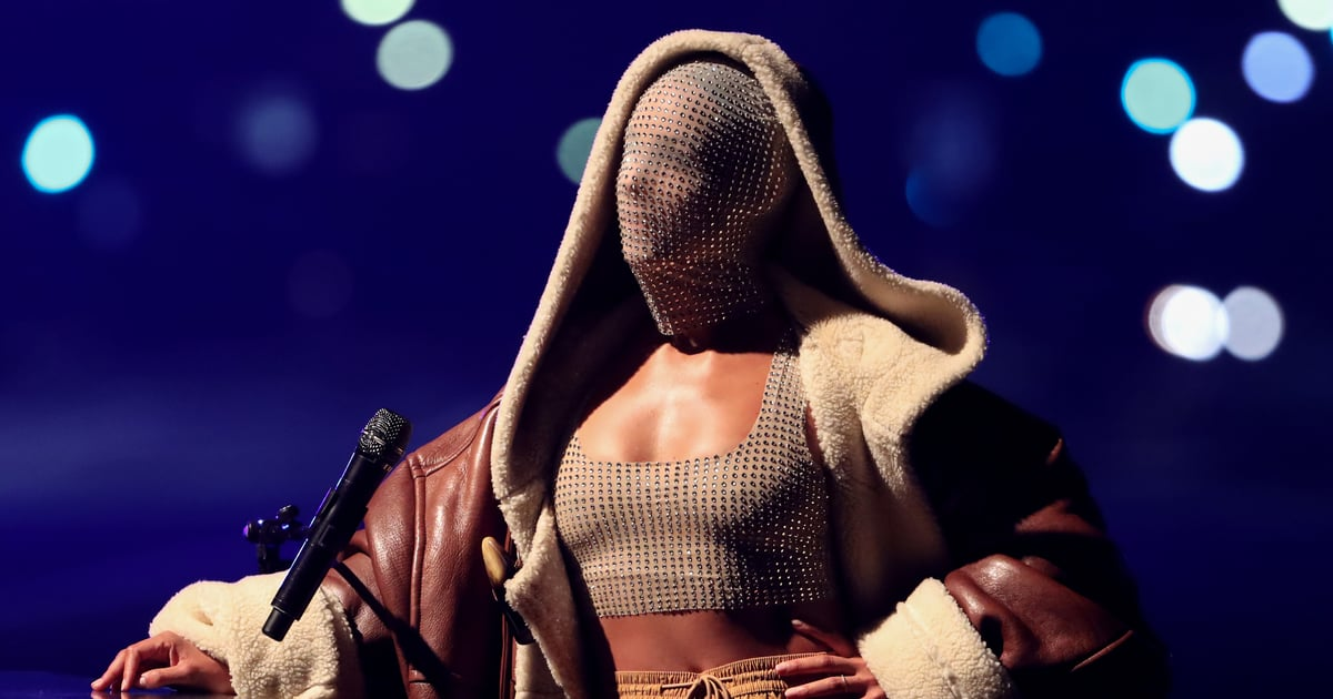 Alicia Keys's MTV EMA Performance Included a Moving Stage and a Dazzling Face Mask