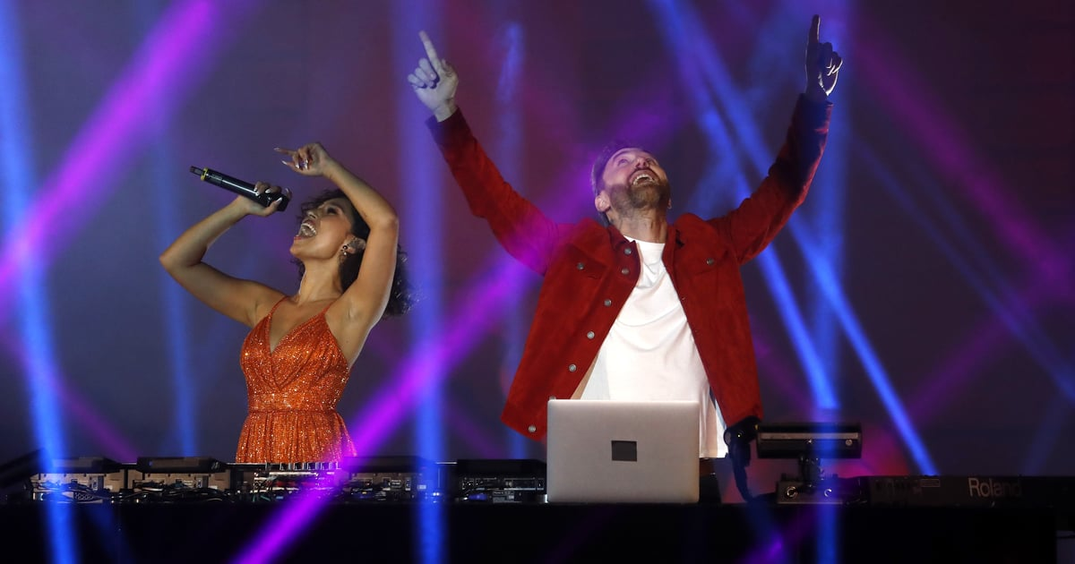 """David Guetta and Raye Performed """"Let's Love"""" With an Epic Light Show at the MTV EMA"""