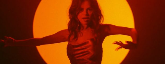 """Selena Gomez Really Brought the Heat For Her Debut Performance of """"Baila Conmigo"""""""