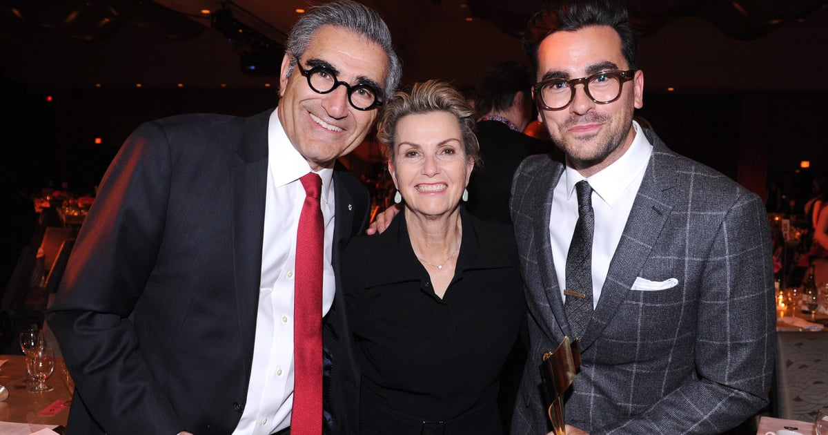 Dan Levy's Twitter Interaction With His Mom After the SAG Awards Is Sweeter Than Fruit Wine