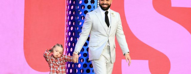 Drake Brought Out His Son While Being Honored at the BBMAs, and It Was So Precious