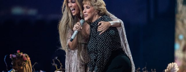 """Jennifer Lopez's Mom Joined Her on Stage to Sing """"Sweet Caroline"""" With a Special Twist"""