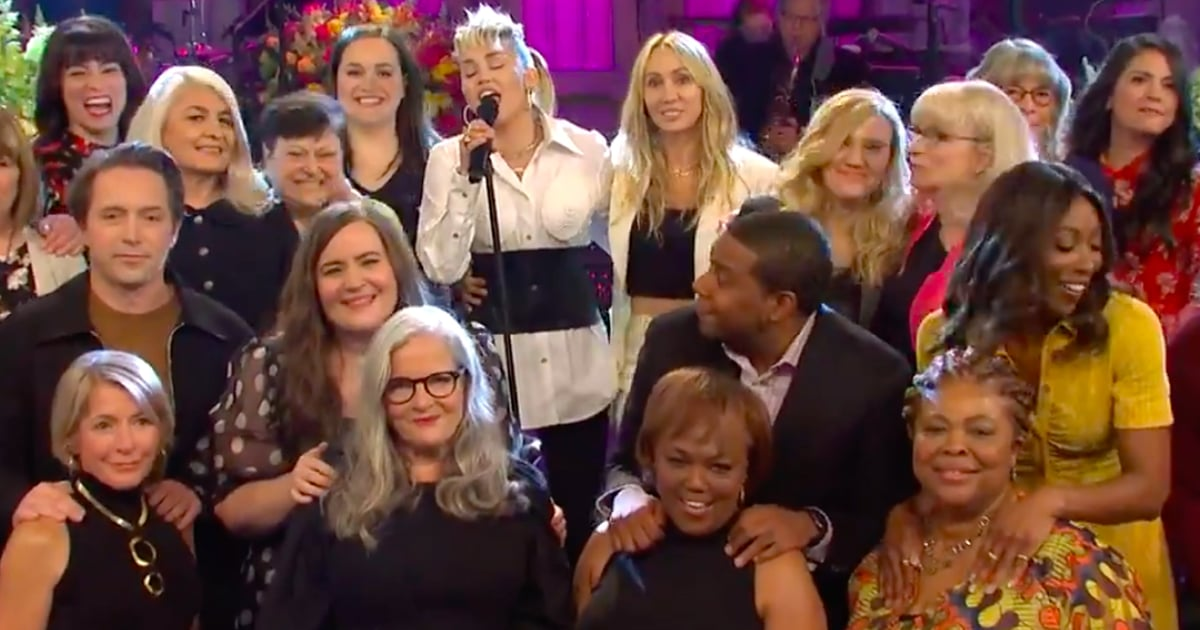 Miley Cyrus Performed Godmother Dolly Parton's Song For Sweet Mother's Tribute on SNL