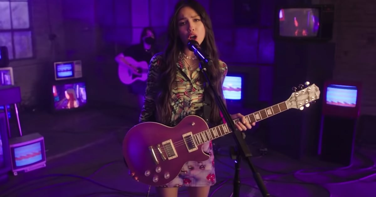 Pass the AUX —Olivia Rodrigo's Mood Playlist Is a Must on Your Next Road Trip