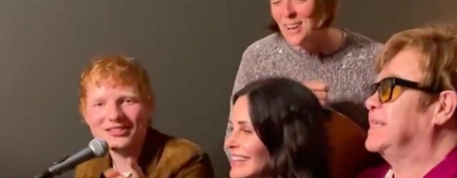 """Courteney Cox and Her Famous Pals Pay Tribute to Phoebe Buffay With a """"Tiny Dancer"""" Cover"""