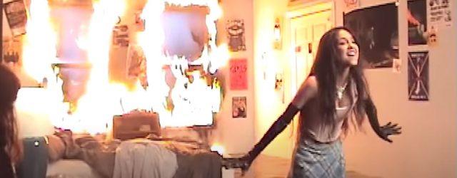 "Wait . . . the Fire in Olivia Rodrigo's ""Good 4 U"" Music Video *Wasn't* a Special Effect?!"