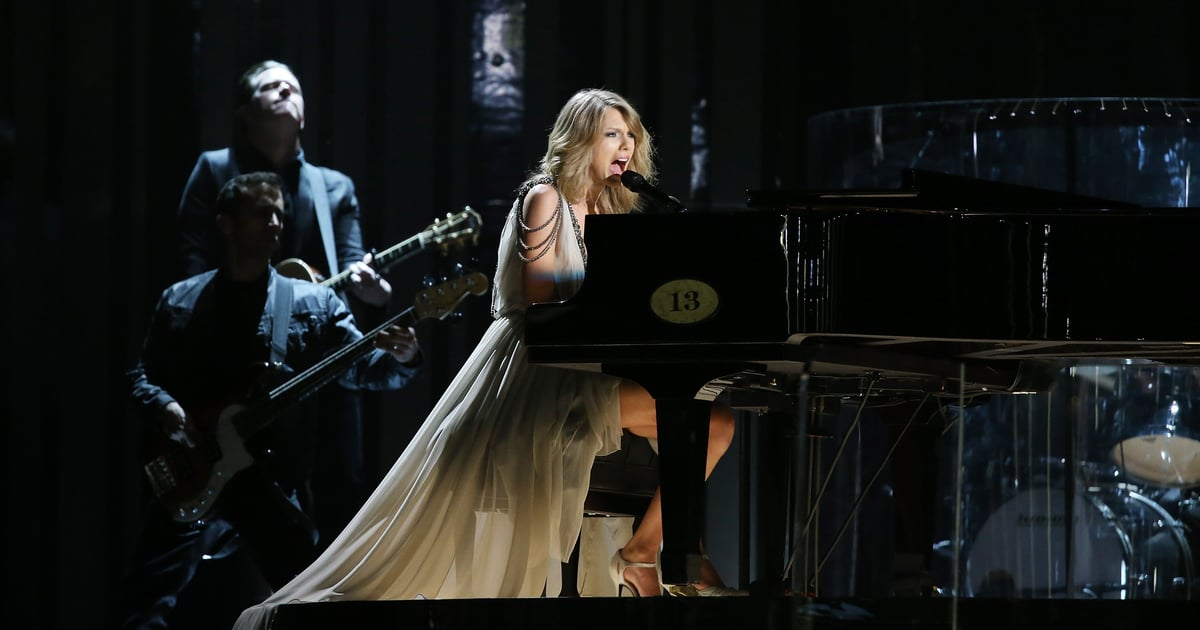 """Here's a Breakdown of Taylor Swift's """"All Too Well"""" Before We Get the 10-Minute Version"""