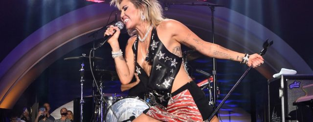 """Miley Cyrus Changes """"Party in the USA"""" Lyrics in Support of Britney Spears: """"Free Britney!"""""""
