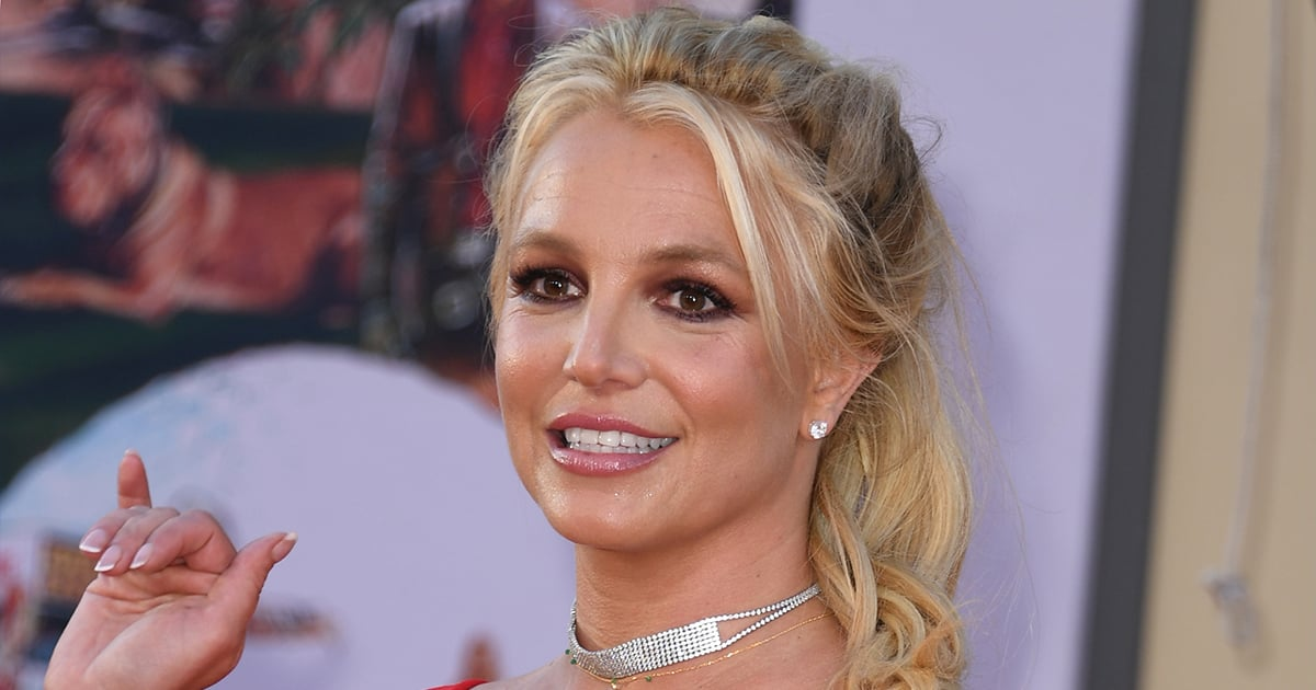 Britney Spears's Father Agrees to Remove Himself From the Singer's Conservatorship